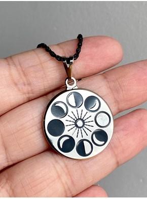 Colar Amuleto Fases da Lua - Com Embalagem