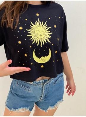 Cropped Comfy Sol, Lua e Estrelas Amarelas
