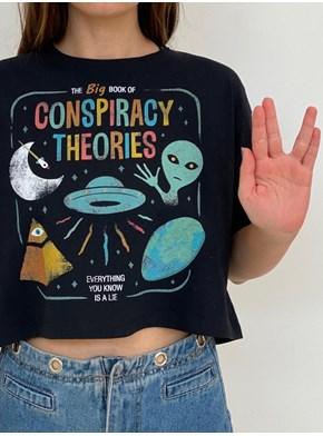 Cropped Comfy Teoria da Conspiração