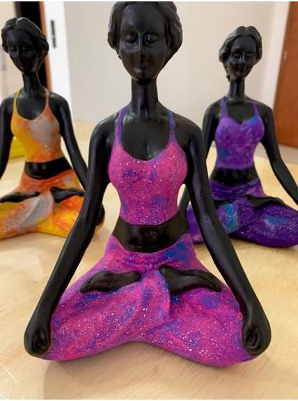 Estatueta Yoga Meditação Galáxia - Rosa