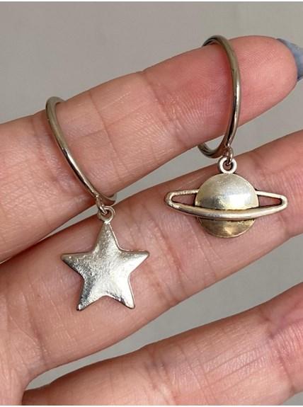 Par Brincos Argola Média Saturno Estrela