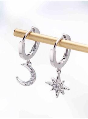 Par de brincos Estrela Guia e Lua com zirconia